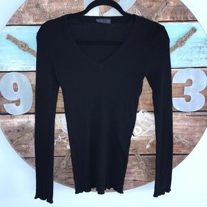 Michael Stars black long sleeve v-neck top